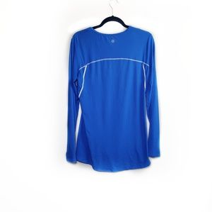 Athleta Blue Taped Chi Long Sleeve Athletic Top